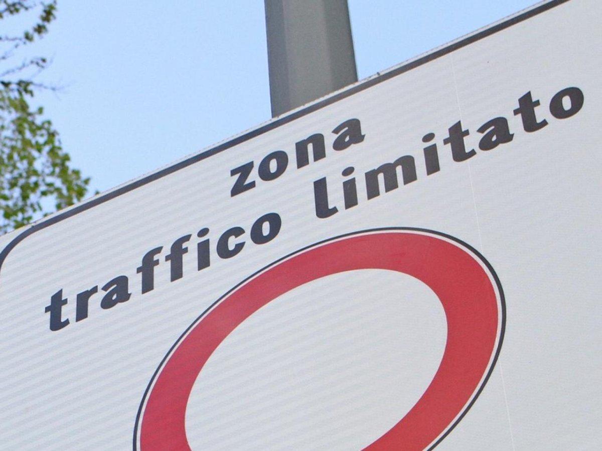 """IMPORTANTE! Ordinanza sindacale N. 37 del 20/12/2018 Attivazione/Disattivazione """"Zone ZTL"""" Periodicità 20.12.2018 – 06.01.2019"""