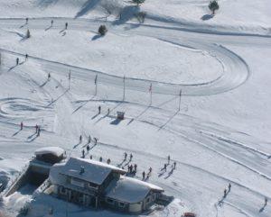 Sci di fondo a Bardonecchia: apre la pista di Pian del Colle grazie alle abbondanti nevicate! Sono a disposizione degli appassionati dello sci nordico le piste verde, blu, rossa e nera