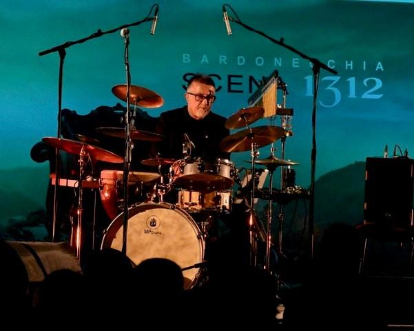 Maurizio Pettigiani, percussioni ed effetti sonori (Foto Gian Spagnolo)
