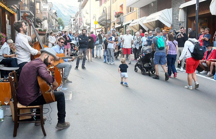 Ferragosto 2019 Bardonecchia: festa in Via Medail