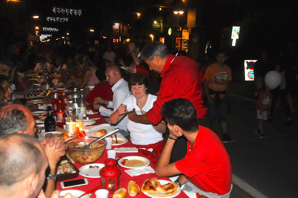 cena in bianco e rosso Bardonecchia