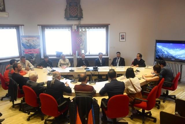 CS Delegazione cinese in visita a Bardonecchia Foto Gian Spagnolo 16