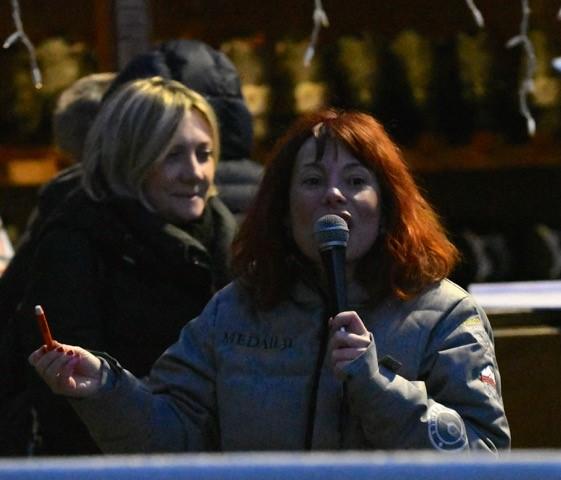Bardonecchia - Varola Vajo e Carola Vajo con il Vicesindaco Chiara Rossetti  - Foto Gian Spagnolo