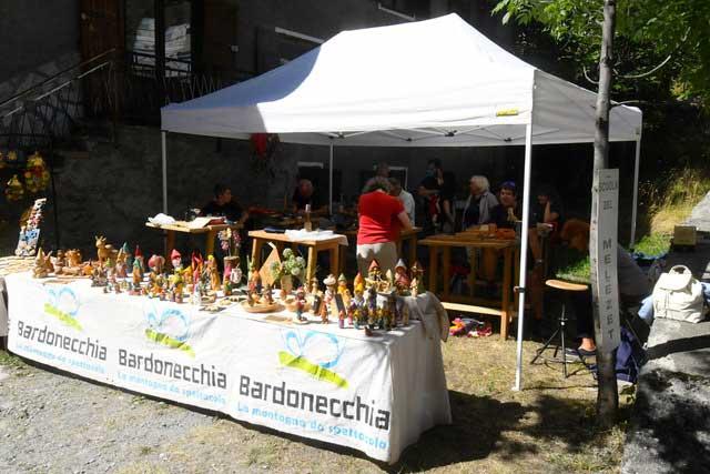 ARTISTI E PERCORSO ENOGASTRONOMICO A ROCHEMOLLES